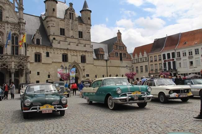 Le tour de Belgique en vieilles voitures
