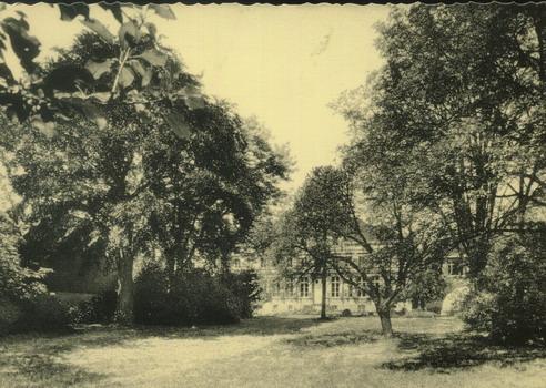 Institut St-Charles - Le parc